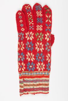 muis.ee- roositud kinnas, naiste; Estonian traditional knitted glove/Helme/Tarvastu/Riidaja,1881 Knit Mittens, Mitten Gloves, Knitting Socks, Knitting Needles, Handicraft, Projects To Try, Embroidery, Crochet, Shawls