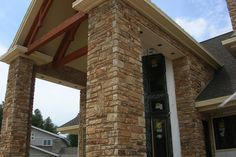 "The Quarry Mill Natural Quarried Thin Cut Stone Veneer Rustic Ridge Weathered Edge / Natural Stone Veneer / Heights: 2"" - 10"" Lengths: 6""- 18"" Depths: 3/4"" - 1-1/4"""
