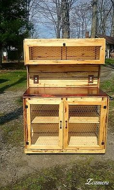 Always Trendy Pallet Wooden hutches Projects - Wooden Pallet Furniture, Repurposed Furniture, Rustic Furniture, Diy Furniture, Small Wood Projects, Diy Pallet Projects, Pallet Ideas, Old Pallets, Wooden Pallets