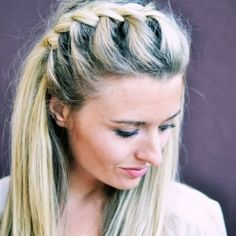 Dill's hair.   How to do a half-up side french braid! So beautiful, easy, and perfect for fall.