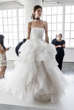 Marchesa Spring 2018 Bridal Fashion Show - The Impression