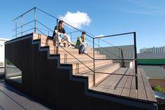 植本計画デザイン一級建築士事務所 逗子KD邸 -屋上段々テラスのある家- http://www.kenchikukenken.co.jp/works/1465177440/211/