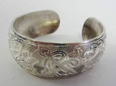 shopgoodwill.com: 8� Sterling Silver Tibetan Bangle