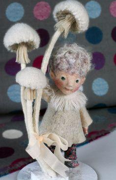 Wool Needle Felting, Wet Felting, Wool Dolls, Felt Fairy, Felt Toys, Felt Animals, Creative Cards, Felt Crafts, Beautiful Dolls