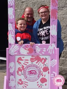 Badger Corrugating Company is proud to support Gundersen Medical Foundation Steppin' Out in Pink, a walk supporting breast cancer awareness, research and services in La Crosse, Wisconsin. #steppinoutinpink #SOIP2016 #fightforacure