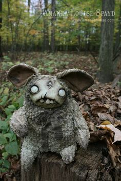 Amanda Louise Spayd and Chris Ryniak creepy blank stare creature in the woods custom doll art goth horror unsettling Creepy Toys, Creepy Cute, Scary Dolls, Art Actuel, Clay Monsters, Monster Dolls, Gothic Dolls, Polymer Clay Dolls, Voodoo Dolls