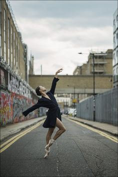 Francesca Hayward - East LondonThe Ballerina Project book is now. Dance Picture Poses, Dance Photo Shoot, Dance Poses, Dance Photoshoot Ideas, Modern Dance Photography, Dancer Photography, Street Dance Photography, Fairy Light Photography, Night Photography