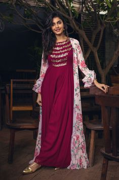 Ankle length plum tinctured dress embellished with sequence in cowl pattern coordinated with a gathered cape. Fabric: Crepe Care: dry clean only Please contact us for any customization Party Wear Indian Dresses, Designer Party Wear Dresses, Indian Gowns Dresses, Indian Fashion Dresses, Kurti Designs Party Wear, Dress Indian Style, Lehenga Designs, Indian Designer Outfits, Indian Outfits