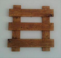 Suporte escada 50 x 50 cm, com verniz imbuia, sem cachepot.