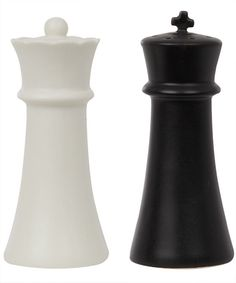 Awesome!! King and Queen chess salt and pepper shakers.