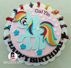 Rainbow dash design fresh cream cake