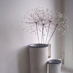 bead dandelion clocks