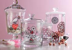 Glasverven on pinterest stained glass patterns wine for Martha stewart christmas wine glasses