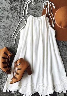 White Patchwork Condole Belt Lace Round Neck Mini Dress #fashiondressescasual