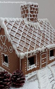 Gingerbread House Designs, Christmas Gingerbread House, Gingerbread Cookies, Christmas Cookies, Gingerbread Houses, Christmas Baking, Christmas Time, Graham Cracker House, Ginger House
