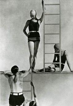 Lelong Bathing Suits 1929, photo by George Hoyningene-Huene