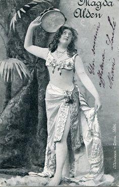 Vintage French photo postcard  Actress Magda Alden