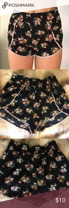 True Love Floral Short Lightly worn. Urban Outfitters Shorts