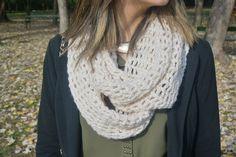 I love infinity scarves <3 <3