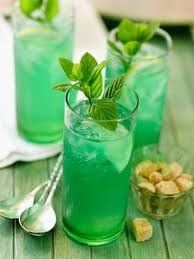 Here are some of the healthy natural drinks that can help you achieve your weight loss goals