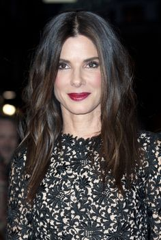 ♥ Pinterest: DEBORAHPRAHA ♥ Sandra bullock dark red lipstick makeup look