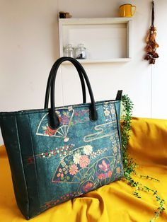 Kate Spade, Projects, Bags, Fashion, Log Projects, Handbags, Moda, Blue Prints, Fashion Styles