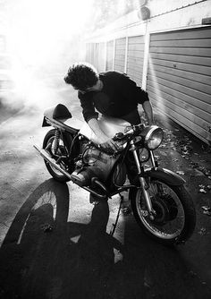 Andrea's BMW Cafe Racer by Nick Caro - Photography, via Flickr …