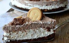 Εύκολες συνταγές: Αφράτη τούρτα ψυγείου με ανάλαφρη κρέμα και μπισκότα! Greek Desserts, Italian Desserts, No Bake Desserts, Delicious Desserts, Baking Recipes, Cake Recipes, Dessert Recipes, Burritos, Tiramisu Cheesecake