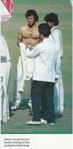 Imran Khan Cricketer, Imran Khan Pakistan, King Of Hearts, Prime Minister, Bruce Lee, Libra, Legends, Bollywood, Handsome