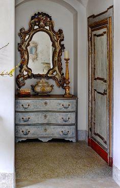 mirror and gilded door