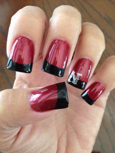 Husker Nails-simple elegant
