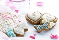 We can do all kinds of bespoke wedding favours - treat your guest to these yummy iced vanilla biscuits