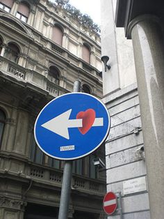 about graffiti art & more: Walking in Milan: Roadsigns by Clet Abraham Aesthetic Indie, Aesthetic Themes, Aesthetic Vintage, Aesthetic Photo, Aesthetic Pictures, Instagram Frame, Instagram Story Ideas, Instagram Feed, Street Art Graffiti