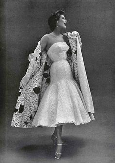 Ensemble by Jacques Heim, 1953 Guy Laroche, 1950s Fashion, Vintage Fashion, Vintage Glam, Vintage Inspired, Vintage Style, Retro Outfits, Vintage Outfits, Fashion Models