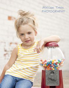 Vintage gumball machine portrait photography for children   Melissa Treen Photography   mebane-nc-child-portrait-photographer