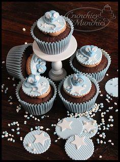 Chocolat and blue Kid Cupcakes, Animal Cupcakes, Fondant Cupcakes, Cupcake Cakes, Decorated Cupcakes, Blue Cupcakes, Cup Cakes, Birthday Cakes For Men, Birthday Cupcakes