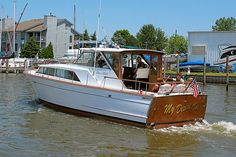 Chris Craft Crusader 36'