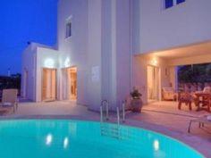 Ferienhaus / Villa - PlakiasFerienhaus in Plakias von Villas, Outdoor Decor, Vacation, Home Decor, Modern, Travel, Renting, Night, Parking Space