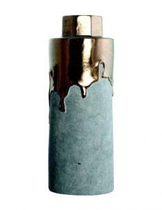 Gold & Concrete Vase, click for large Image