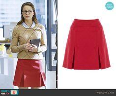 Karen Millen Wool Mini Skirt worn by Kara Danvers on Supergirl Red Pleated Skirt, Wool Mini Skirt, Dress Skirt, School Fashion, Girl Fashion, Fashion Outfits, Supergirl Outfit, Supergirl Crossover, Kara Danvers Supergirl