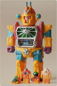 """エンジェルアビィ・オンラインショップにて """"司令官ビクトル&ミニロボット""""を抽選販売します。 11月7日0:00(現地時間)より抽選の受付を行う予定で..."""