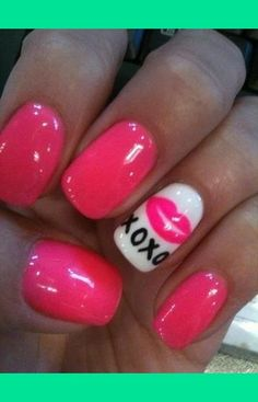 Valentines Day Nails! kinda reminds me of Betsey Johnson!