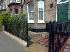 york stone wrought iron rails black and red terracota quarry mosaic victorian tiles camberwell london south east london Front Garden Path, Front Path, Front Garden Landscape, Front Gardens, Victorian Front Garden, Victorian Terrace, Victorian Homes, Garden Railings, Garden Gates And Fencing