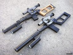 "VSS Vintorez - the ""thread-cutter"". Integrally-suppressed sniper rifle developed in the USSR for use by Spetznaz teams. Vss Vintorez, Long Rifle, Assault Weapon, Fire Powers, Hunting Rifles, Cool Guns, Military Weapons, Tecno, Guns And Ammo"