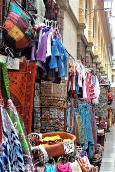 market #alcaiceria #Granada #Spain #crafts #souvenirs #España lacartevintage.com