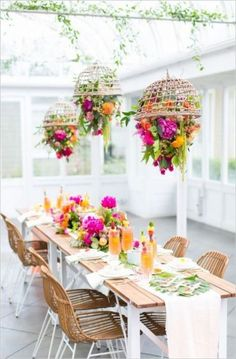 Our Tropical Garden Party and DIY Fruit Necklaces for Summer Who& ready to get tropical? To be honest, I may have gone a litttttle over board on our tropical garden party and DIY fruit necklaces, but I love Swoon-Worthy Outdoor Tablescapes to Lustre Floral, Wedding Decorations, Table Decorations, Centerpiece Wedding, Hanging Centerpiece, Diy Centerpieces, House Party Decorations, Spring Decorations, Decoration Party