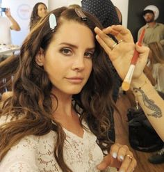 Lana behind the scenes of the Freak / Ultraviolence music video.
