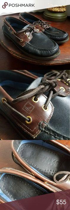 "Men's Sperrys Original 2 Eye Boat Shoe Size 9. ""Black Amaretto"" Original 2 Eye style. Very good condition. Classic.  #sperrys #sperry #topsider #boat #boatshoe #original #classic #mens #loafers #casual #size9 #9 #mens9 #black #brown Sperry Top-Sider Shoes Boat Shoes"