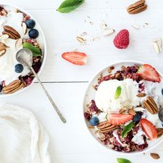 According to a top doc, yogurt causes breakouts. Clear skin might be one food swap away. Holistic Nutrition, Healthy Nutrition, Healthy Eating, Holistic Wellness, Healthy Food Choices, Healthy Recipes, Healthy Foods, Tapas, Diabetes