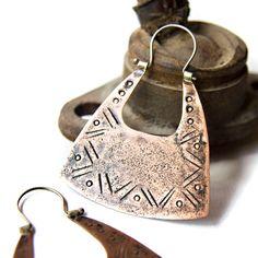 Mixed Metal Earrings Mixed Metal Jewelry Large by indiaylaluna - Pint Pics Silverware Jewelry, Jewelry Clasps, Boho Jewelry, Silver Jewelry, Jewelry Accessories, Jewelery, Copper Earrings, Unique Earrings, Earrings Handmade